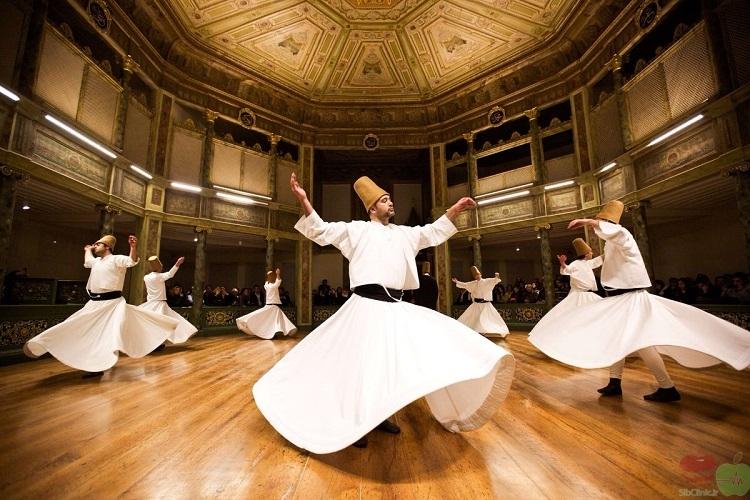 تعبیر خواب رقصیدن و رقص و پایکوبی و رقصیدن مردان و زنان در خواب